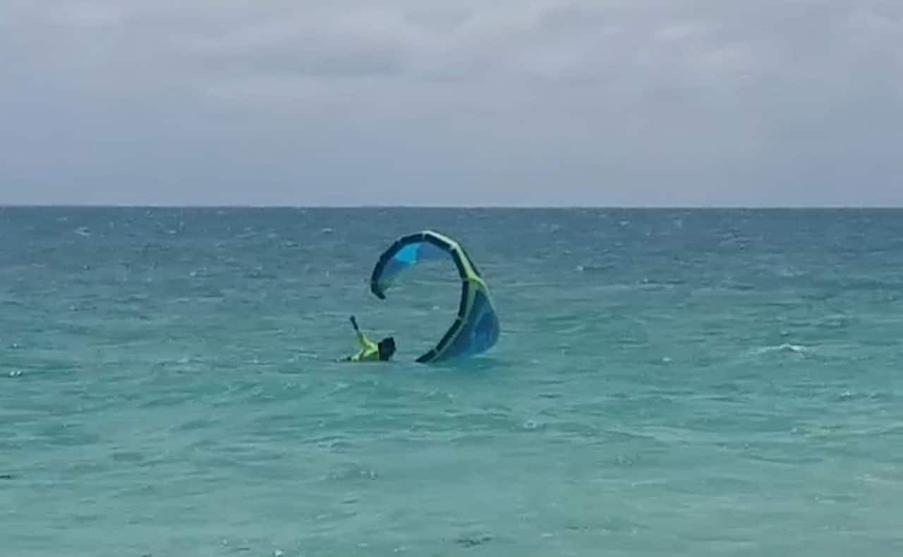 How-young can you start kitesurfing